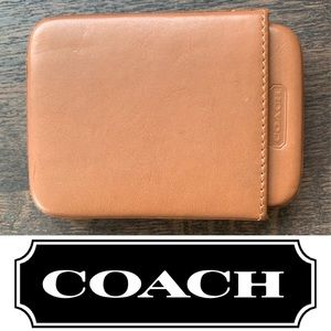 Coach Brown Leather Wallet Credit Card Holder. B